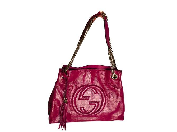 79d30f23b7fe Cabas Gucci Gucci 308982 Soho Fushia Sac Porté Epaule Cuir Vernis Cuir  vernis Rose ref.