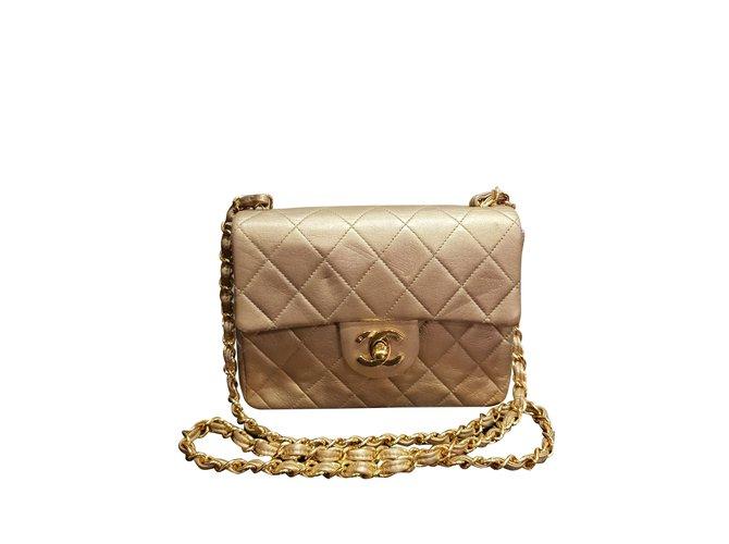 Sacs à main Chanel Chanel timeless en cuir doré Cuir Doré ref.99528