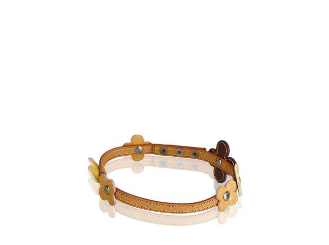 Bracelets Louis Vuitton Tour de cou Double Wrap Bracelet Vernis Fleurs Cuir,Cuir vernis Multicolore,Violet ref.99936