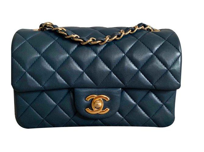 Sacs à main Chanel Timeless Mini flap Cuir d'agneau Bleu foncé ref.105869