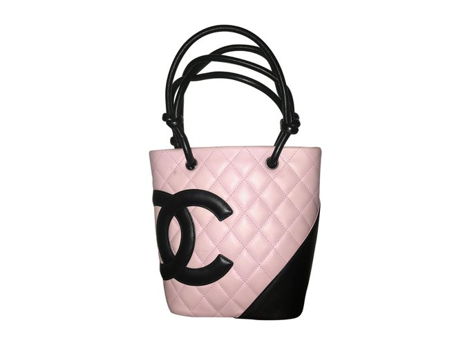 Sacs à main Chanel Cambon Cuir d'agneau Noir,Rose ref.105881