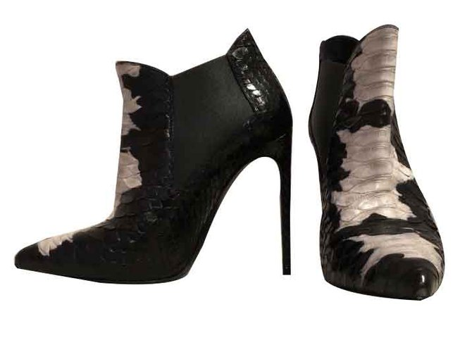 Bottines Yves Saint Laurent Bottines de tes carpet Python Noir,Blanc ref.105957