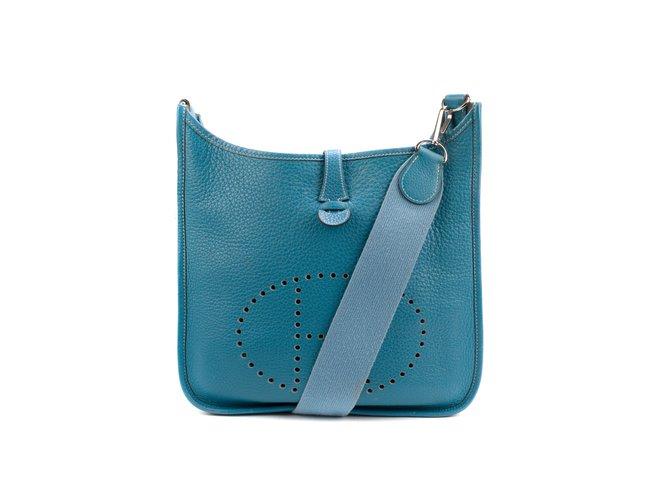 À Clémence Sac En Bleu Taurillon Main Hermès Evelyne Sacs R5jL4A