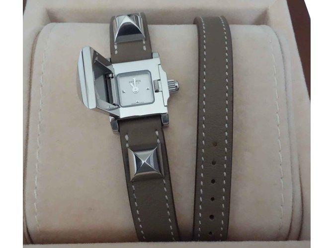 Montres Hermès MONTRE HERMES MEDOR MINI Cuir,Acier Gris ref.106737