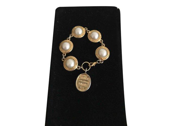 Parures Chanel Vintage Parure bracelet et boucles d'oreille Autre Doré ref.106823