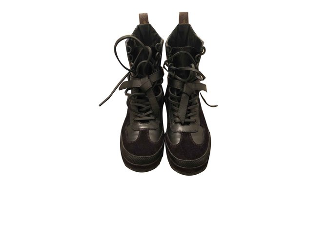 f0c5645897b8 Louis Vuitton Ankle Boots Ankle Boots Leather Black ref.107017 ...