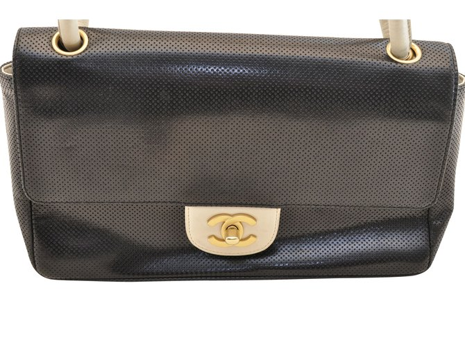 53ba066d3d8640 Chanel Chanel Timeless Vintage Collection Handbags Leather Black ref.107446