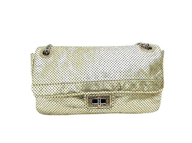 819a2031298f Chanel Chanel Vintage Shoulder Bag Handbags Leather Golden ref.107655