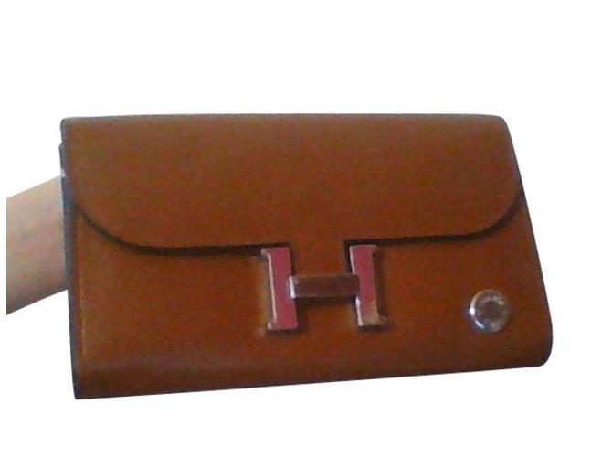 9178c50190 Portefeuilles Hermès portefeuille hermès constance long Simili cuir Doré  ref.108133