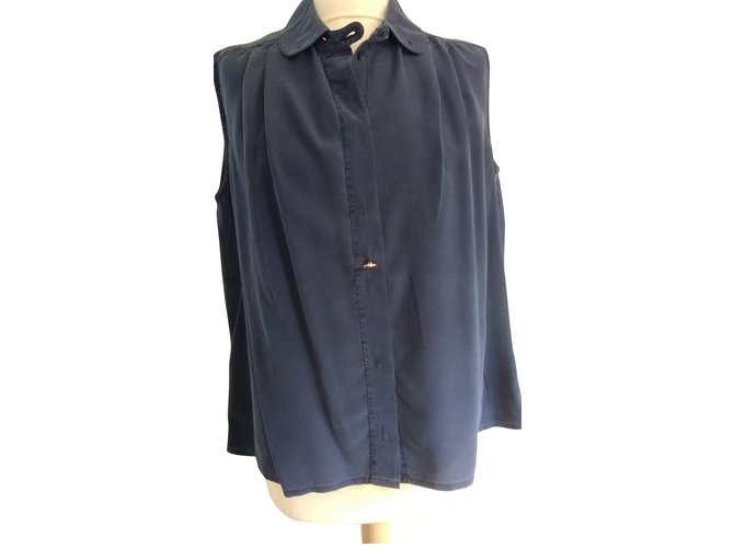 4b983674134887 Chanel Tops Tops Silk Navy blue ref.108956 - Joli Closet
