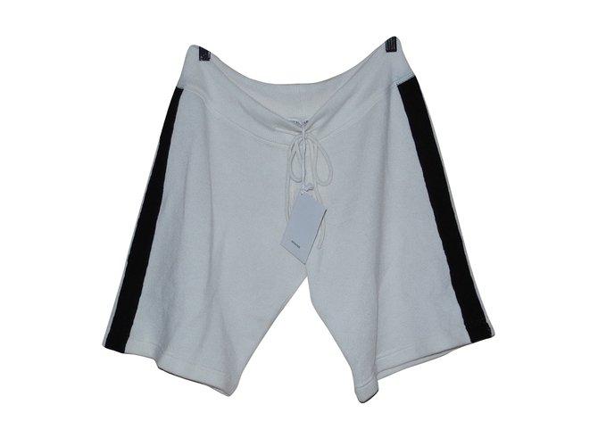 7b0e995409 Shorts Autre Marque short Coton,Cachemire Noir,Blanc cassé ref.109069