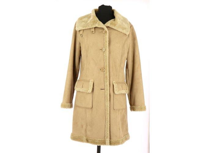 bfdf7360dc3 Balmain Coat Coats, Outerwear Polyester Beige ref.109481 - Joli Closet