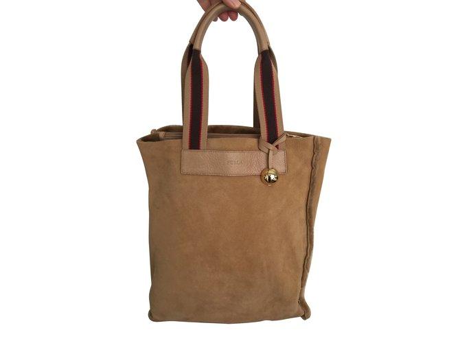 da3ae8ddc87bf Furla Furla Handtasche aus Wildleder Handtaschen Baumwolle