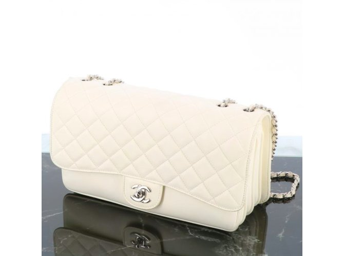 Chanel Chanel Timeless Soufflet Handbags Leather White ref.110304