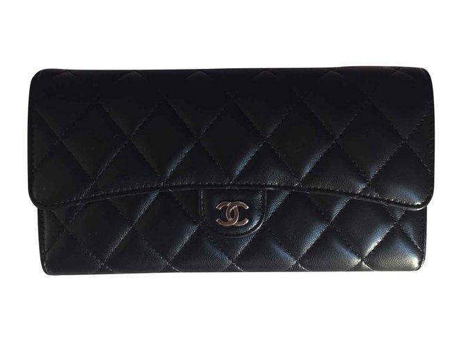 5a43d0967ae8 Chanel Timeless Wallet Wallets Lambskin Black ref.110492 - Joli Closet