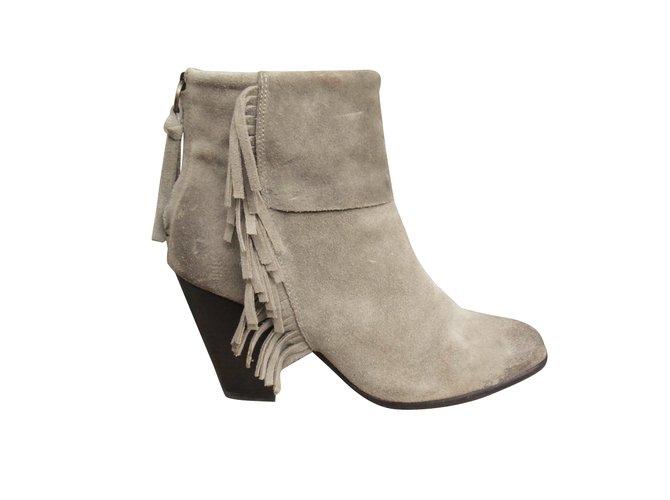 19cf8dae0c26 Ash Ash fringed boots Ankle Boots Deerskin Beige ref.110758 - Joli ...