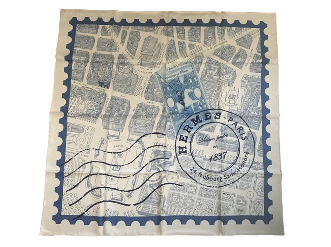 Hermès Square Hermes 90 cm Passing through Paris Silk scarves Silk White,Blue ref.110846