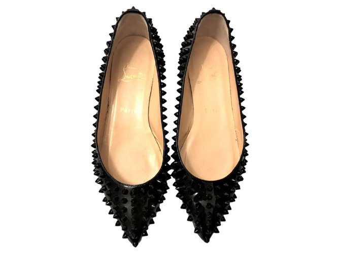 promo code d94d3 45323 Christian Louboutin Black Patent Pigalle spiked flats EU38