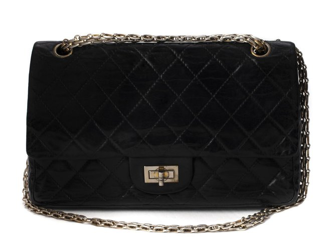 Chanel Chanel bag 2.55 vintage black quilted leather in good condition! Handbags Leather Black ref.111240