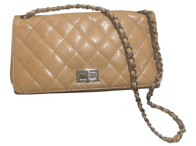 Sacs à main Chanel 2.55 Cuir vernis Beige ref.111957