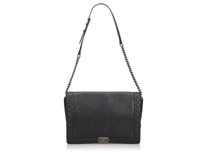 a80cc425ba19 Chanel Leather Large Reverso Boy Flap Bag Handbags Leather,Other Black  ref.112124