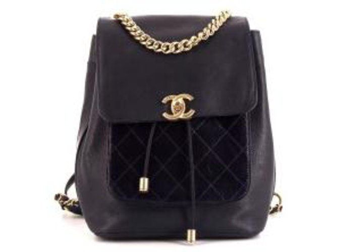 Chanel Chanel Leather Backpack Backpacks Leather Black ref.112506 ... c27fab246ea48