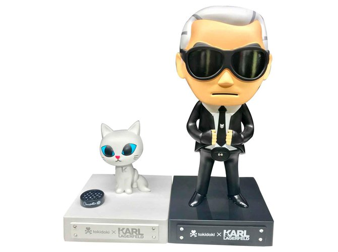 Karl Lagerfeld Karl Largerfeld and Choupette Misc Plastic Black ref.113378