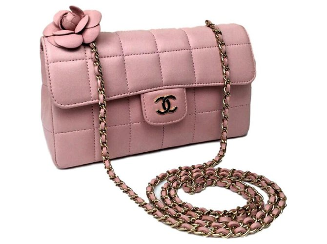 224b58c87e6e69 Chanel Chanel pink leather mini camelia bag Handbags Leather Pink ref.113684