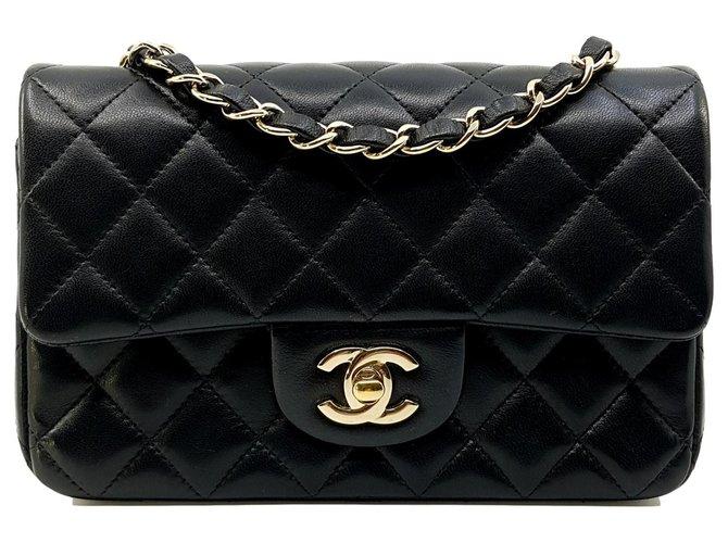Chanel Schwarzes kleines Rechteck TIMELESS 20x13, hellgoldene Hardware Handtaschen Leder Schwarz ref.113728