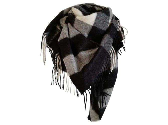 Burberry Scarves Scarves Cashmere Multiple colors ref.114905