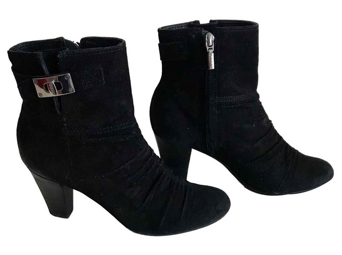 Horno Calor horario  Geox Black suede ankle boots Ankle Boots Deerskin Black ref.115229 - Joli  Closet