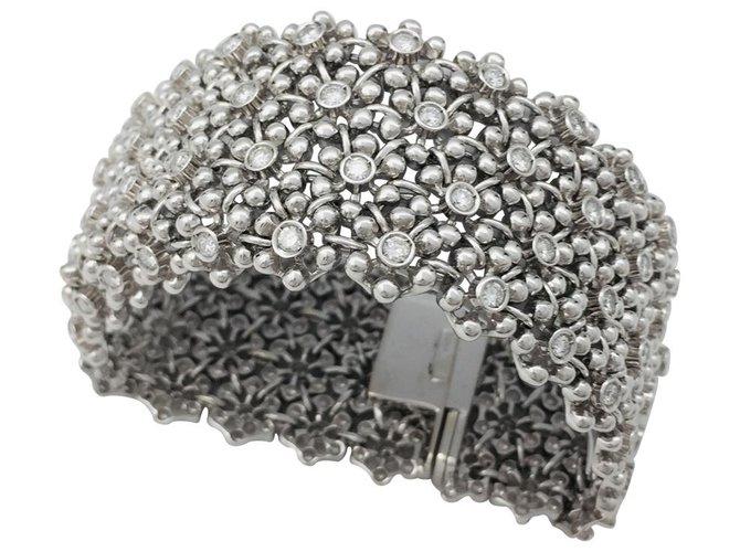 Bracelets Bracelet manchette souple en or blanc, diamants. Or blanc,Autre Autre ref.115831