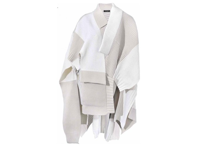 Burberry NATURAL WHITE PATCHWORK KNITTED PONCHO TAG 2295€ Knitwear Cashmere,Wool White,Eggshell ref.116636