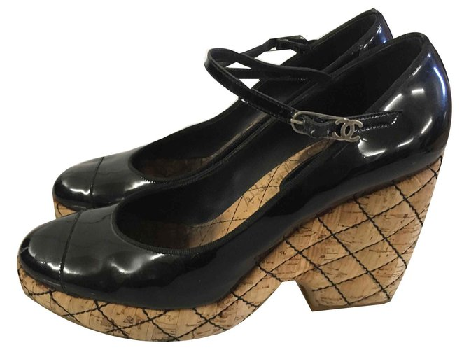 Chanel Wedge mules Wedge mules Patent leather Black ref.116915