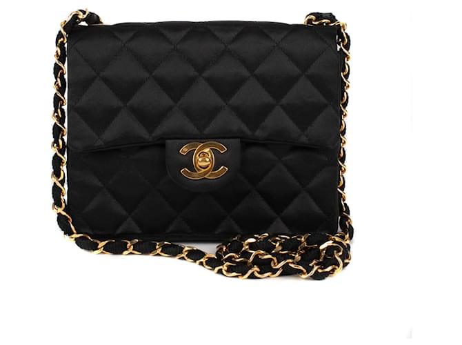 f579a95bcba4 Chanel Superb Mini Chanel vintage handbag in silk and gold hardware in very  good condition!