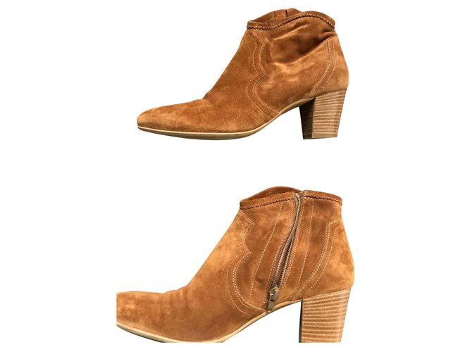 Minelli Caramel suede booties Ankle