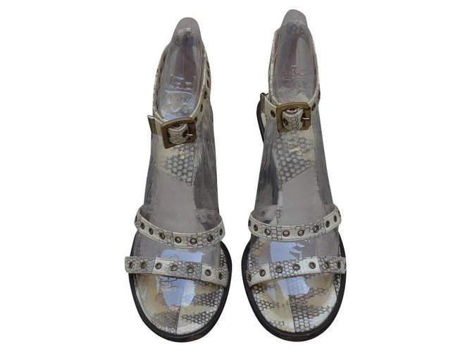 Sandales Dior Sandales Cuir Beige,Écru ref.118935
