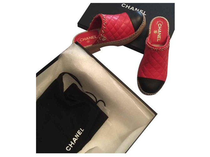 Chanel Clogs Clogs Leather Red ref.119302