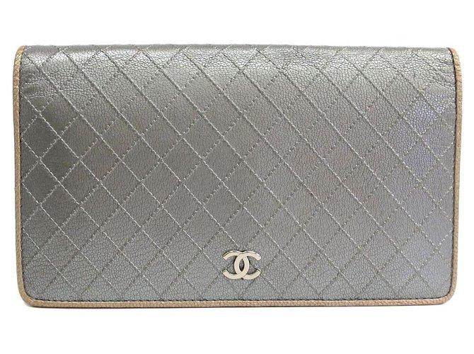 Chanel Chanel Silver Matelasse Goatskin Long Wallet Misc Leather,Goatskin Silvery ref.119836