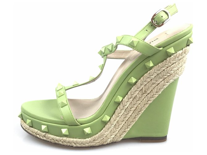 Valentino Valentino Green Rockstud Wedge Sandals Misc Leather,Other Green ref.120251