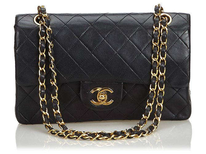506a5fd5f750 Chanel Chanel Black Classic Small Lambskin Leather lined Flap Bag Handbags  Leather Black ref.120555