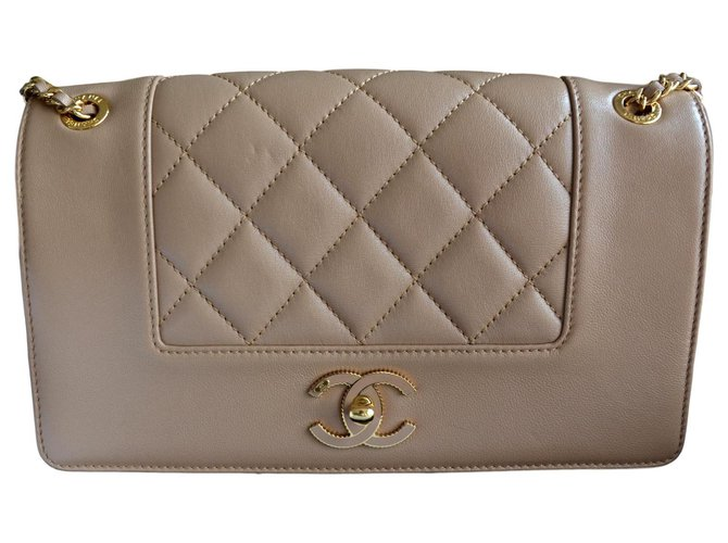 70c9ec2d810f Chanel Chanel Mademoiselle Vintage Medium Flap Bag Handbags Leather  Beige,Golden ref.121015
