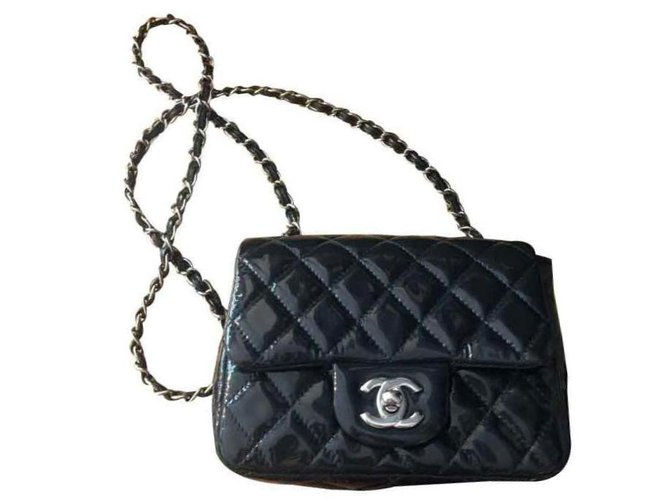 Chanel TIMELESS/CLASSIQUE LEATHER CROSSBODY BAG Handbags Lambskin Navy blue ref.121148
