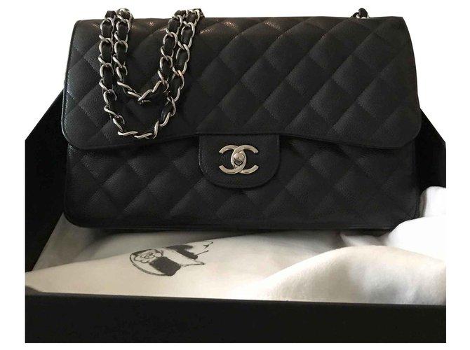 Chanel Timeless Jumbo Handbags Leather Black ref.121152