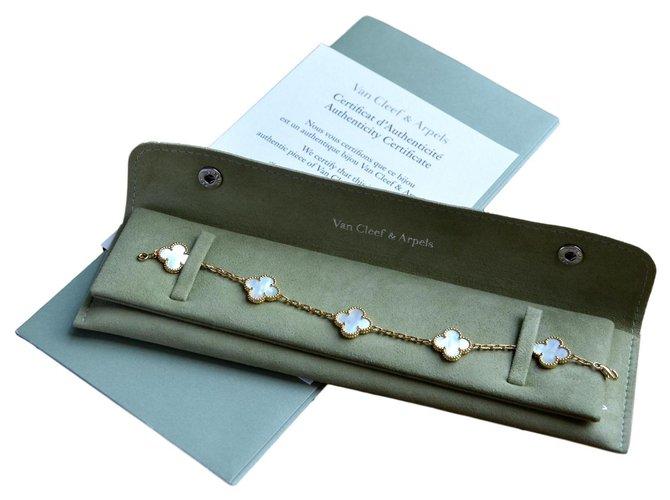 Bracelets Van Cleef & Arpels Bracelet Van Cleef and Arpels Vintage Alhambra 5 motifs en or jaune et nacre blanche Or jaune Blanc,Doré ref.121203