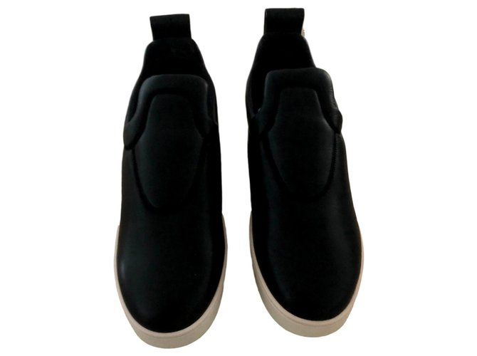 Céline Sneakers Sneakers Leather Black ref.121222
