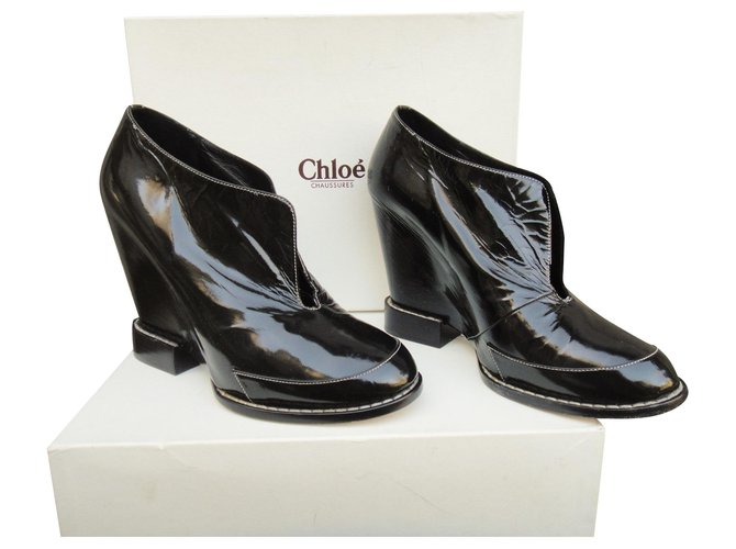 Chloé low wedge boots Chloé Ankle Boots Patent leather Black ref.122095