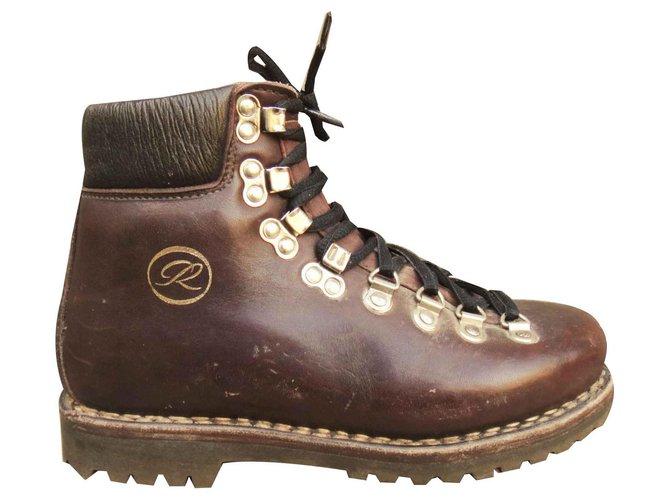 Chaussures De Randonnée Paraboot Modèle Galibier, Vintage