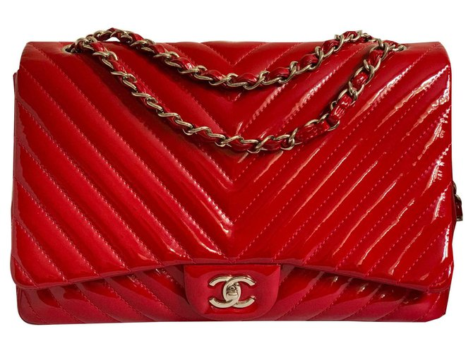 Chanel Maxi red chevron Handbags Patent leather Red ref.123147