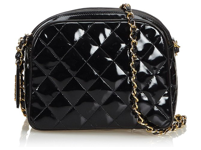 49af805b008241 Chanel Chanel Black Patent Leather Quilted Chain Crossbody Bag Handbags  Leather,Patent leather Black ref